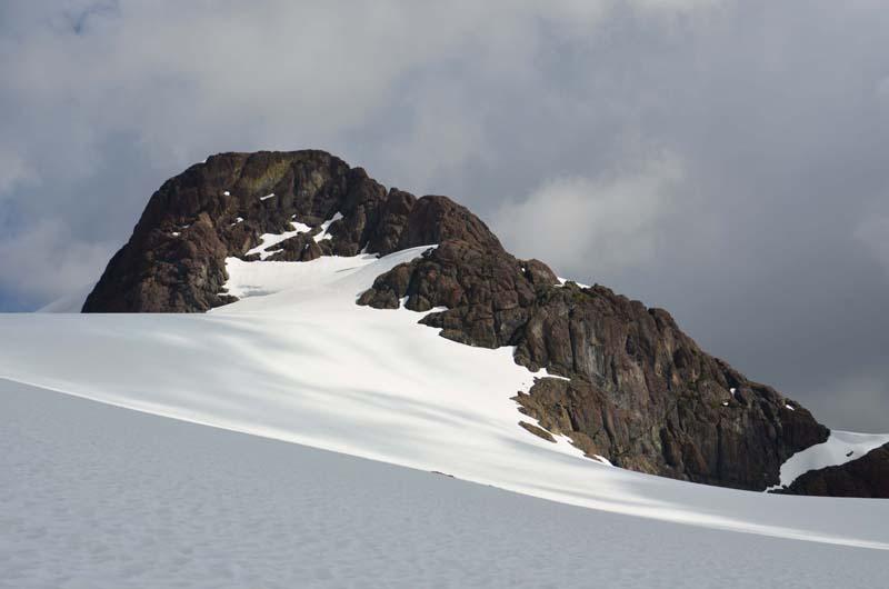 Red Pillar and Upper Cliffe Glacier